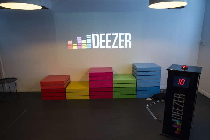 Les podcasts diffusés sur Deezer seront des articles produits par les magazines du groupe Prisma Media, et lus par des journalistes.