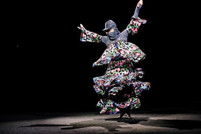 Le show de Jean-Paul Goude pour Kenzo x H&M.