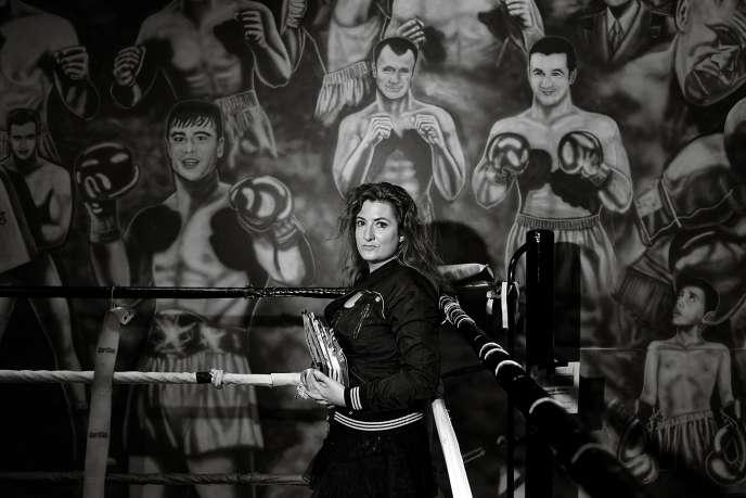 Ingrid Astier, à l'académie de boxe de Charenton-le-Pont (Val-de-Marne).