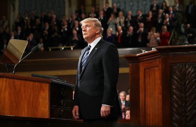 Donald Trump pour son discours devant les deux chambres du Congrès,à Washington le 28 février.