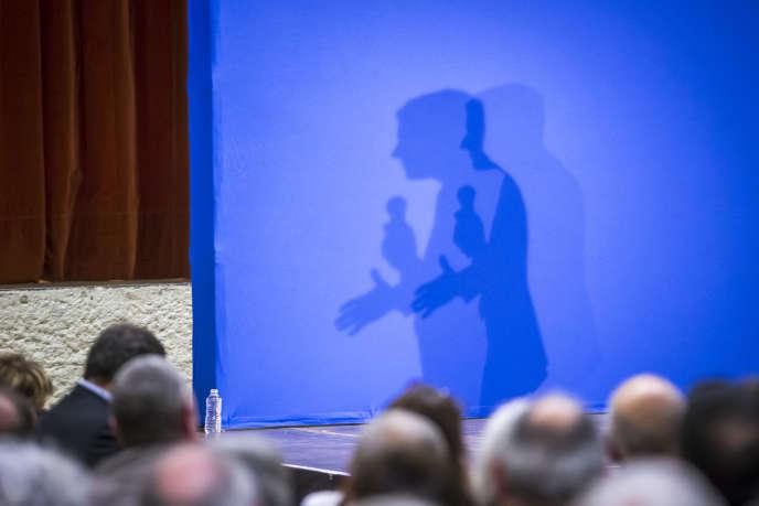 Emmanuel Macron lors de son meeting de campagne à Souillac (Lot), le 24 février.