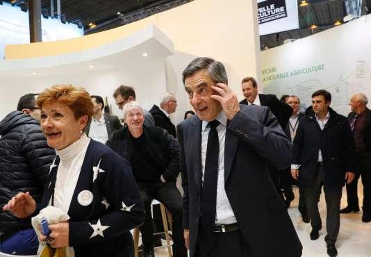 Le candidat Les Républicains à la présidentielle, François Fillon, est le premier à avoir obtenu au moins 500parrainages d'élus, seuil nécessaire à la validation de sa candidature, a annoncé le Conseil constitutionnel.