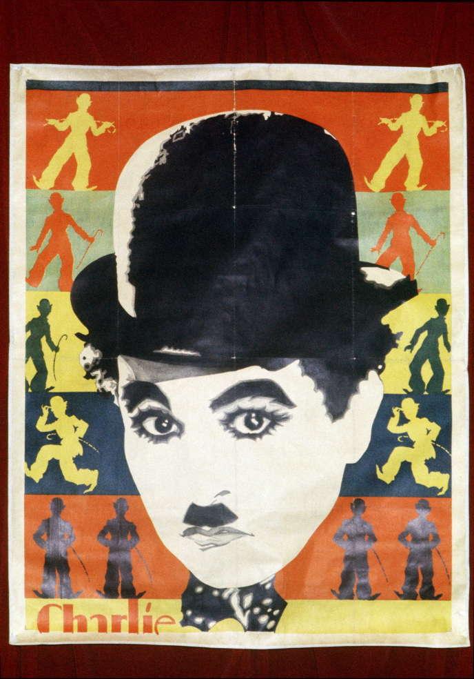 Une affiche montrant le réalisateur Charlie Chaplin.