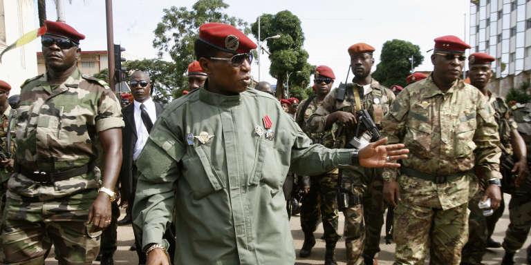 Le capitaine Moussa Dadis Camara, à Conakry, le 2 octobre 2009.