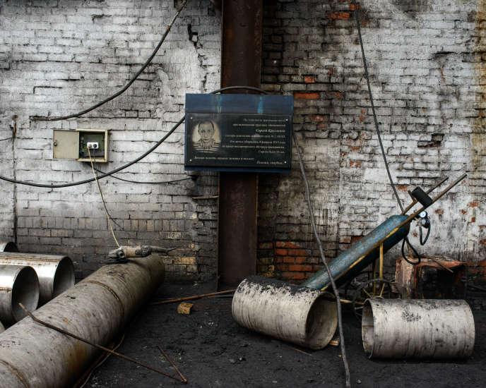L'usine de coke reste, malgré les bombes, le coeur historique de la ville d'Avdiivka dans le Donbass.