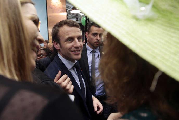 Emmanuel Macron, au Salon de l'agriculture, à Paris, le 1er mars.