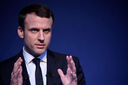 Emmanuel Macron, lors de la présentation de son programme, au pavillon Gabriel, à Paris, le 2 mars.