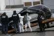 La police emmène à Nantes le véhicule de Sébastien Troadec, retrouvé à Saint-Nazaire le 2 mars.