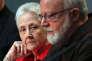 Marie Collins, au côté du cardinal O'Malley, lors d'une conférence de presse de la commission pontificale pour la protection des mineurs, au Vatican le 3 mai 2014.