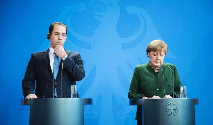 Le premier ministre tunisien Youssef Chahed et la chancelière allemande Angela Merkel, le 14 février à Berlin.