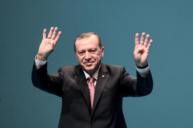 Le président turc Recep Tayyip Erdogan après son discours à Istanbul le vendredi 3mars.