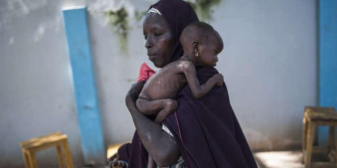 Dans le centre de santé du district de Dalaram, à Maïduguri, la capitale de l'Etat de Borno, le 15 septembre 2016. Le nord-est du Nigeria fait face à une grave crise humanitaire liée au conflit contre Boko Haram.
