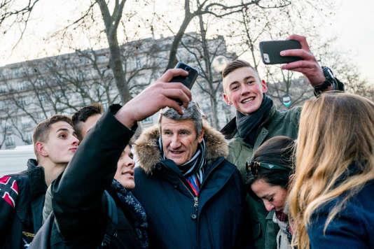 Philippe de Villiers, pendant une manifestation contre le droit à l'avortement, à Paris, le 22 janvier.