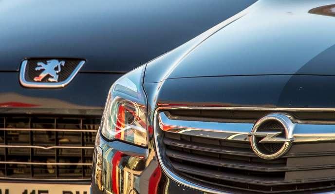 PSA et General Motors ont officialisé lundi 6 mars 2017 l'acquisition de la filiale européenne du grand groupe américain par le constructeur français.
