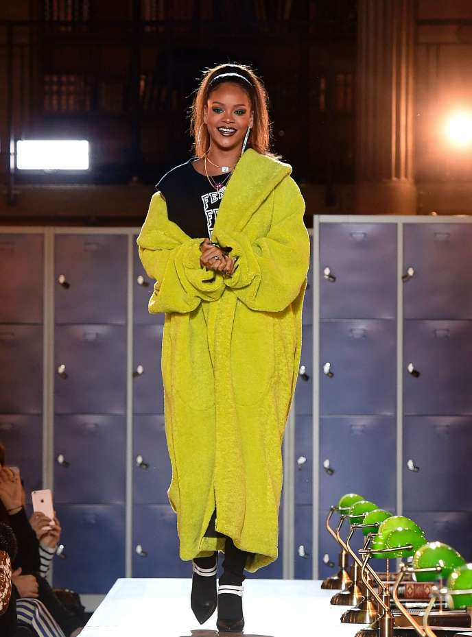 Rihanna, lors du défilé de sa ligne Fenty x Puma By Rihanna, le 6 mars.