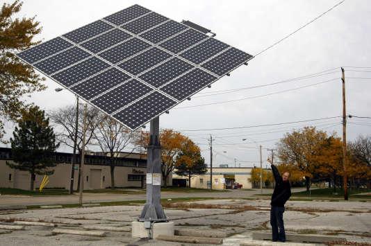 Panneau solaire à Windsor, Ontario, le 30 octobre 2010.