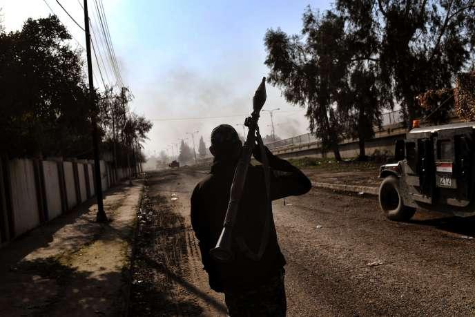 Les forces irakiennes à Mossoul, le 5 mars.