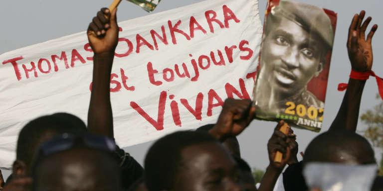 Des supporters de Thomas Sankara, le 14 octobre 2007, à Ougadougou.
