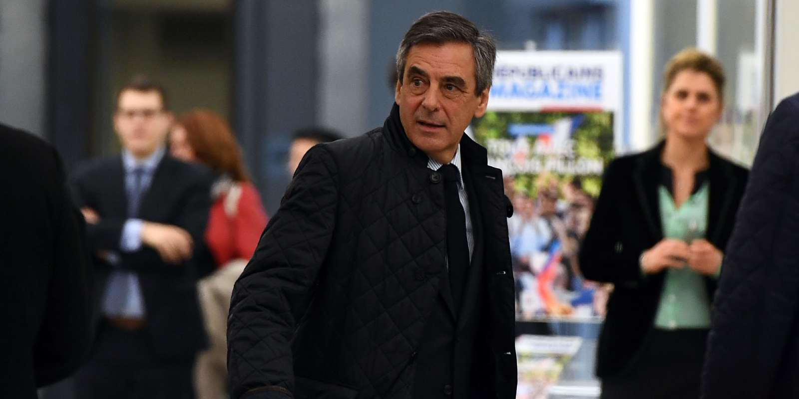 French presidential election candidate for the right-wing Les Republicains (LR) party Francois Fillon arrives at the headquarters of right-wing party Les Republicains (LR), on March 6, 2017 in Paris, to take part in a meeting to discuss his presidential candidacy amid calls for him to pull out over a