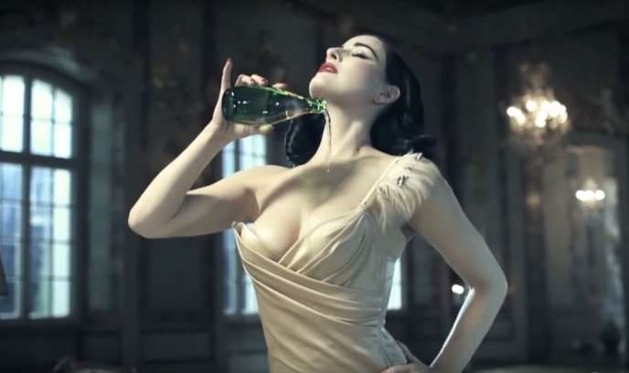 Capture d'écran issue de la vidéo de la campagne « No More Clichés ».