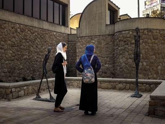 Le jardin permet d'admirer des sculptures de Giacometti.