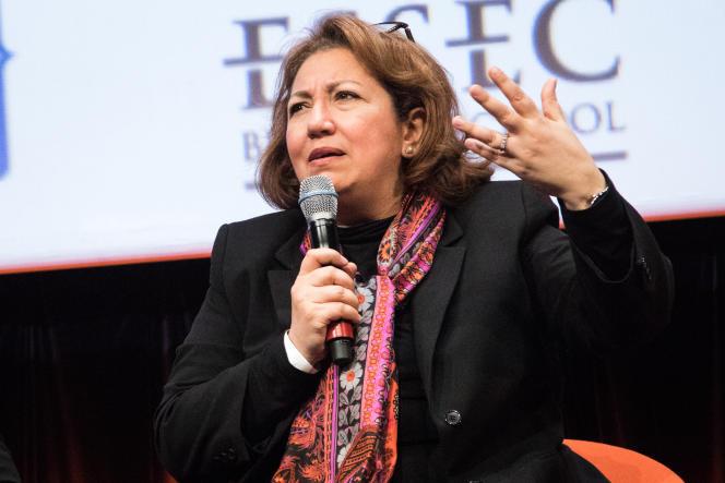 Nozha Boujemaa, responsable de la plate-forme TransAlgo, lorsd'O21 / s'orienter au 21esiècle, les 4 et 5mars, à Paris.