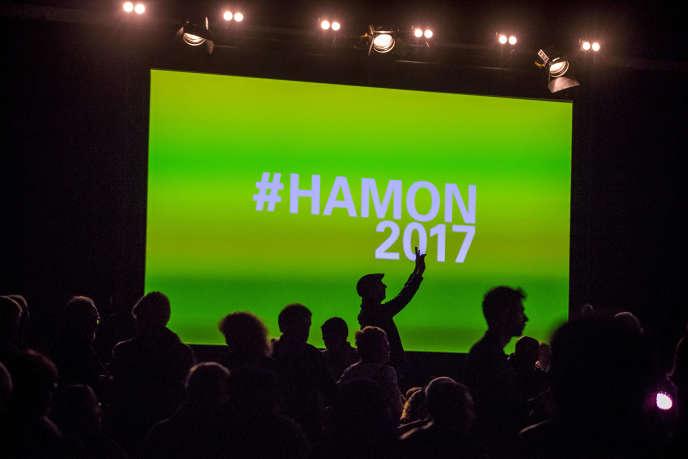 Benoît Hamon, candidat à la présidentielle, à un meeting au parc Chanot à Marseille, le 7 mars.