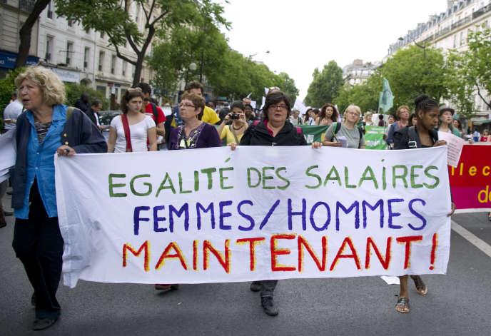 Lors d'une manifestation, le 1er mai 2011, à Paris.