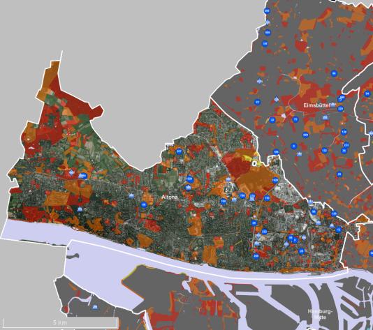 Carte numérique d'une partie de Hambourg mettant en évidence les centres d'accueil déjà existants, et les sites vacants les plus appropriés pour y construire de nouveaux hébergements pour les réfugiés.