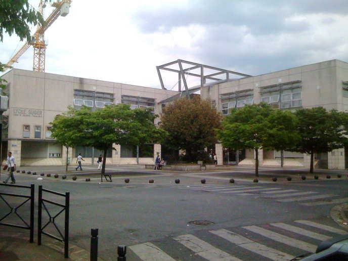 Le lycée Suger de Saint-Denis.