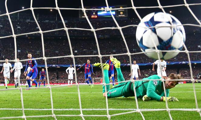 Le penalty réussi par Lionel Messi fut le 3e des six buts du FC Barcelone à Camp Nou, le 8 mars.