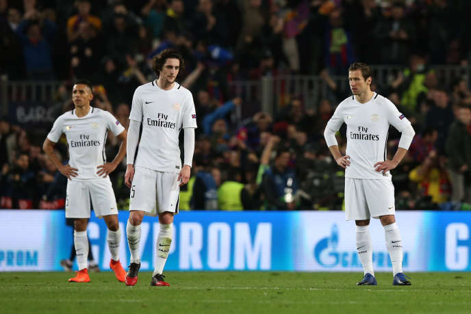 Le joueur du PSG Adrien Rabiot après la défaite de son équipe face à Barcelone le 8 mars.