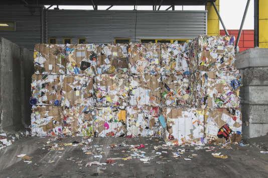 Triselec, déchetterie d'Halluin (Nord) spécialisée dans le traitement et la valorisation de déchets ménagers.