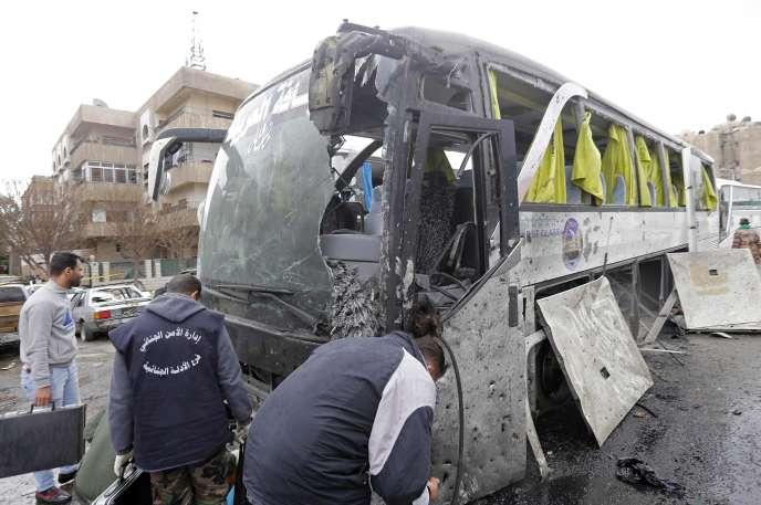 Un bus de pèlerins chiites a été visé lors du double attentat de Damas, samedi 11 mars.