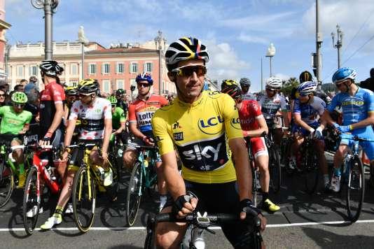 Le champion de Colombie Sergio Henao a remporté dimanche pour la première fois Paris-Nice, avec 2 secondes d'avance sur l'Espagnol Alberto Contador..Agé de 29 ans, il devient le deuxième Colombien à figurer au palmarès, trois ans après Carlos Betancur.