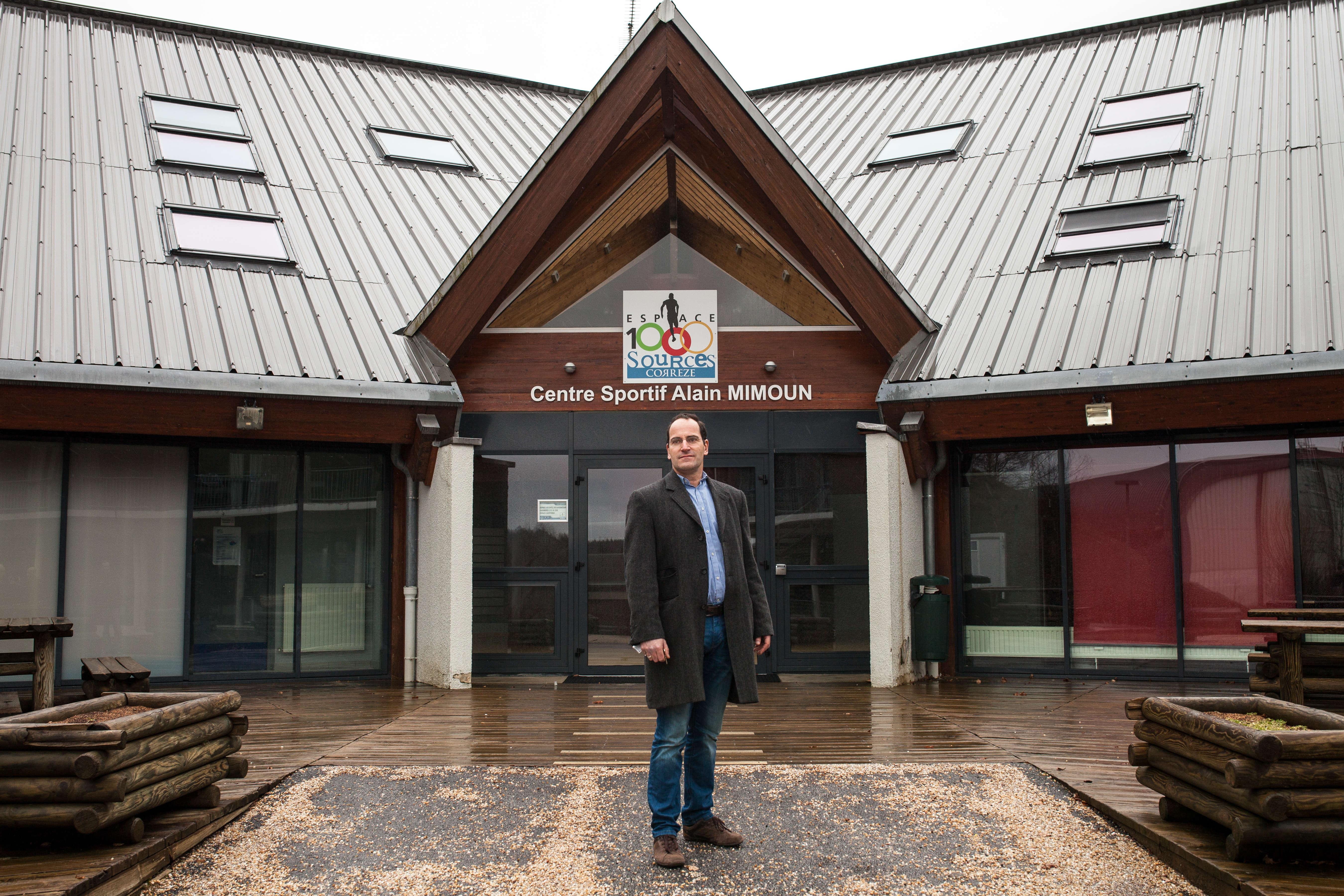 Philippe Feytis est le directeur du centre sportif Espace 1000 Sources, également dénommé Centre sportif Alain Mimoun.