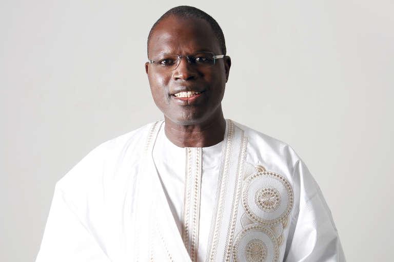 Khalifa Sall, le maire de Dakar, dans la tenue blanche qui le caractérise.