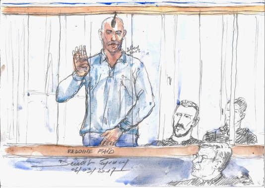 Cette esquisse réalisée à la cour d'assises du Nord, à Douai, le 6 mars 2017, montre le braqueur Redoine Faïd durant son procès pour évasion de la prison de Sequedin en 2013.