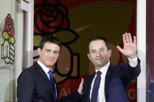 Manuel Valls et Benoît Hamon au siège du Parti socialiste après l'annonce des résultats de la primaire de la gauche, le 29 janvier.