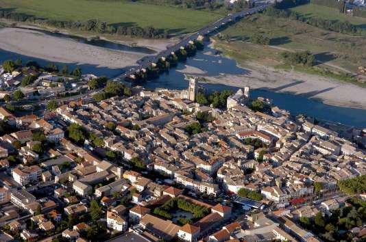 Pont Saint-Esprit (Gard) concernée par le Plan national de sauvetage patrimonial des Sites et Cités remarquables de la région Occitanie.