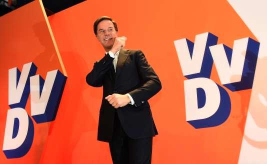 Le premier ministre néerlandais et chef de file du VVD, Mark Rutte, à La Haye, le 15mars.