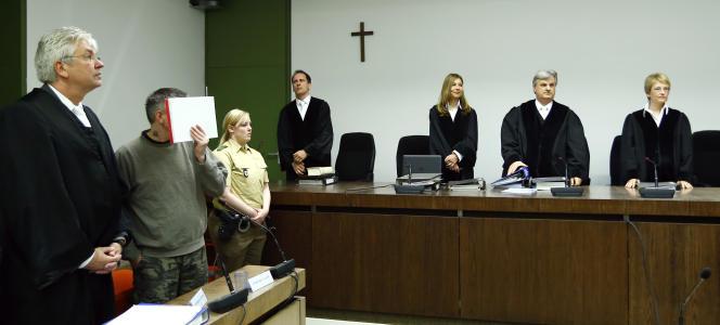 Après onze mois d'audience, le tribunal de Munich (Sud) a qualifié «d'organisation terroriste» le quatuor qui s'était formé sur Internet et baptisé «Oldschool Society», arrêté en mai 2015.