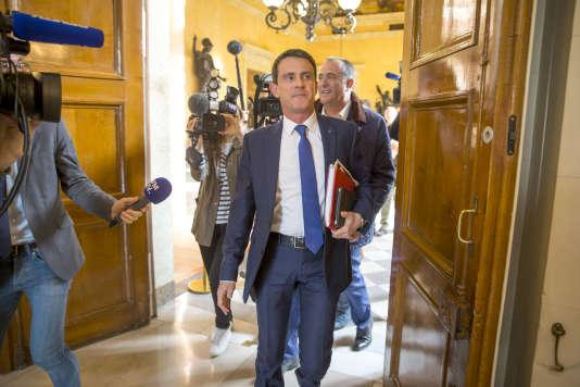 Manuel Valls, à Paris, le 14 mars.