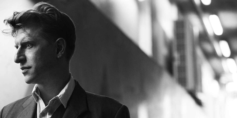 Jonathan Littell réunit d'anciens élèves de l'école du crime. Au coeur de l'Afrique, l'Américain filme d'ex-enfants-soldats. Documentaire Français. Cannes, le 13/05/2016.