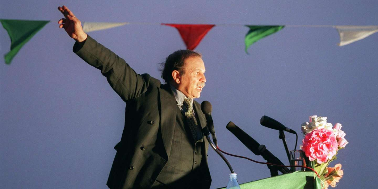 Algerian presidential candidate Abdelaziz Bouteflika, nominally independent but backed by Algeria's former sole ruling party, the National Liberation Front, addresses supporters in Adrar, some 1,400 kms south of Algiers, late 09 April 1999. Algerians will go to the polls 15 April 1999 in an early election to elect a new president to succeed outgoing president Liamine Zeroual who stepped down last September, 19 months before the end of his five-year term.
