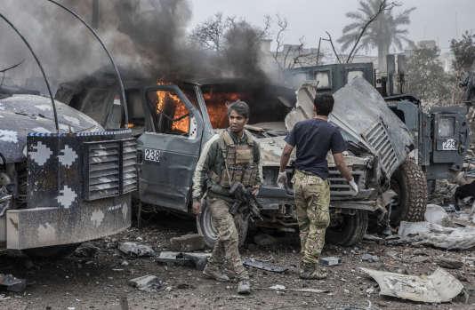 Deux rescapés après l'attaque survenue le 15 mars à Mossoul.