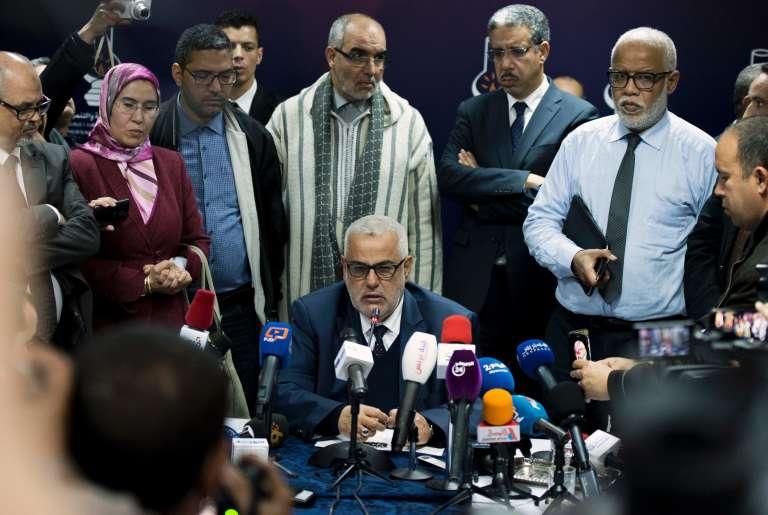 Le secrétaire général du PJD, le parti islamiste marocain, Abdelilah Benkirane, démis de ses fonctions de premier ministre par le roi Mohammed VI, lors de l'assemblée des militants, le 16 mars 2017 à Salé.