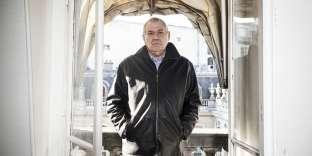 Denis Safran, ex-chef du service de réanimation de l'hôpital Georges-Pompidou à Paris, a consacré sa carrière à l'urgence et au service public.