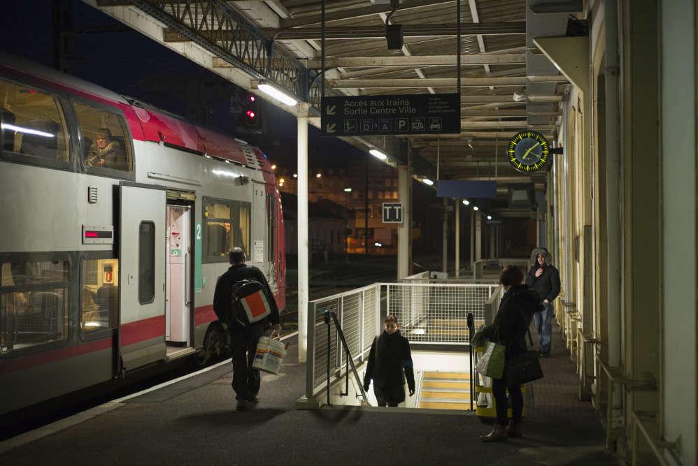 Gare de Longwy, le 13 février. Dans la zone d'emploi de la ville, près d'un actif sur deux traversent la frontière chaque jour.