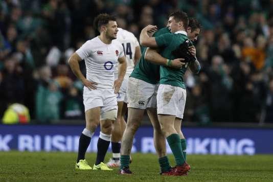 L'Irlande a battu l'Angleterre 13 à 9.